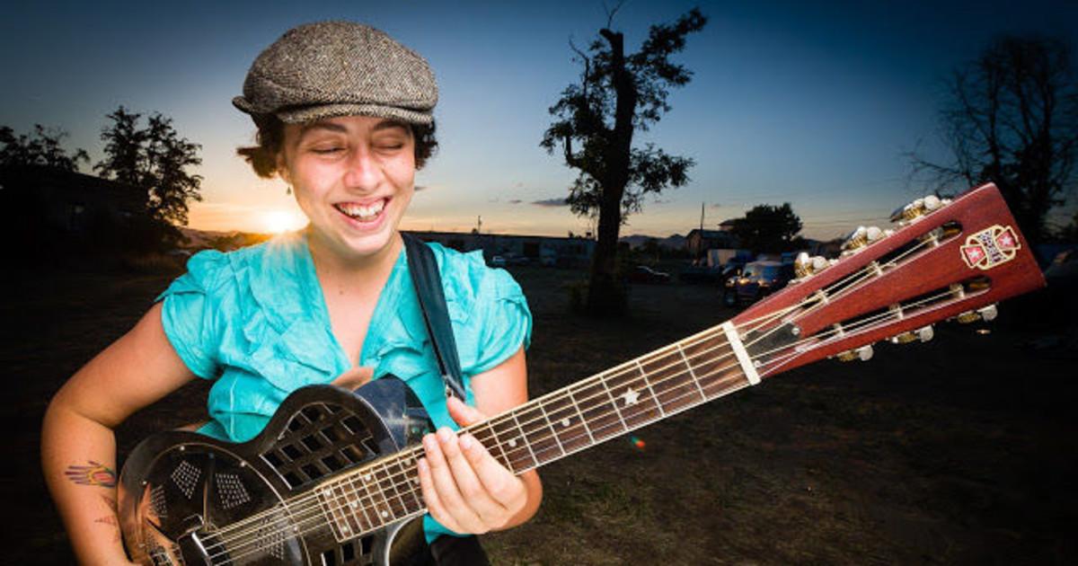 albanie falletta guitarist singer trad jazz singer song writer